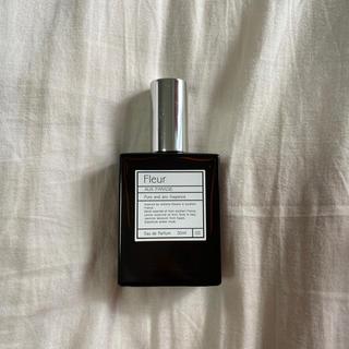 オゥパラディ(AUX PARADIS)のAUX PARADIS 香水(香水(女性用))