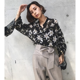 Ameri VINTAGE - アメリヴィンテージ TWIN LILY BLOUSE