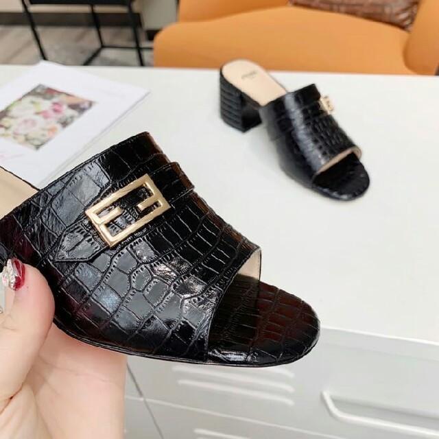 FENDI(フェンディ)のFENDI  サンダル 22.5-25cm レディースの靴/シューズ(サンダル)の商品写真