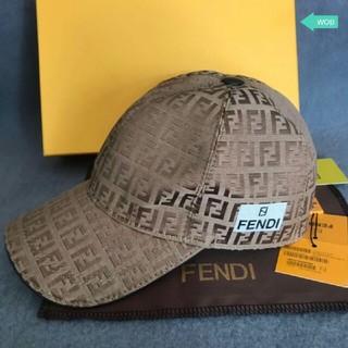 FENDI - FENDI キャップ  男女兼用