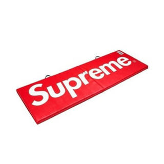 シュプリーム(Supreme)のsupreme ヨガマット EVERLAST シュプリーム  インテリア 家具 (トレーニング用品)