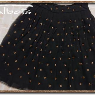 タルボット(TALBOTS)のタルボット ビーズ付きシフォンプリーツスカート 黒(ひざ丈スカート)