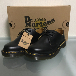 Dr.Martens - 【新品半額】ドクターマーチン 3ホール 23cm 箱有り 正規品 ※値下げ可
