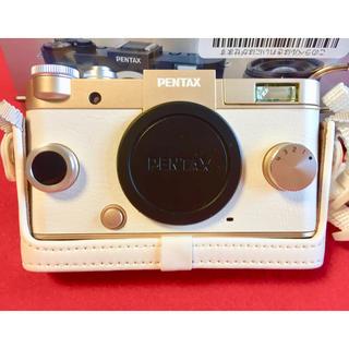 ペンタックス(PENTAX)のほぼ未使用超美品★PENTAX Q-S1 デジタル ミラーレス 一眼レフ カメラ(ミラーレス一眼)