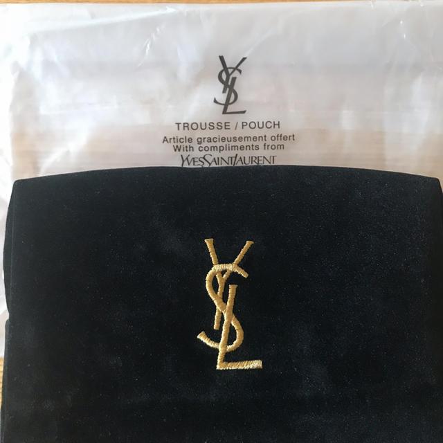 Yves Saint Laurent Beaute(イヴサンローランボーテ)の大人気ブランドYSL化粧ポーチ レディースのファッション小物(ポーチ)の商品写真