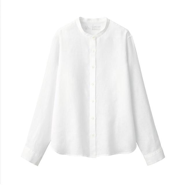 MUJI (無印良品)(ムジルシリョウヒン)の無印良品オーガニックリネン洗いざらしスタンドカラーシャツ 婦人M・白 レディースのトップス(シャツ/ブラウス(長袖/七分))の商品写真