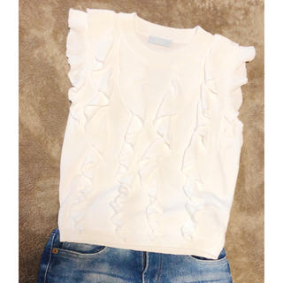 ティティアンドコー(titty&co)のティティアンドコー フリル ノースリーブ サマーニット(Tシャツ(半袖/袖なし))