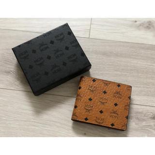 MCM - 新品 MCM 二つ折り 財布 コニャック キャメル
