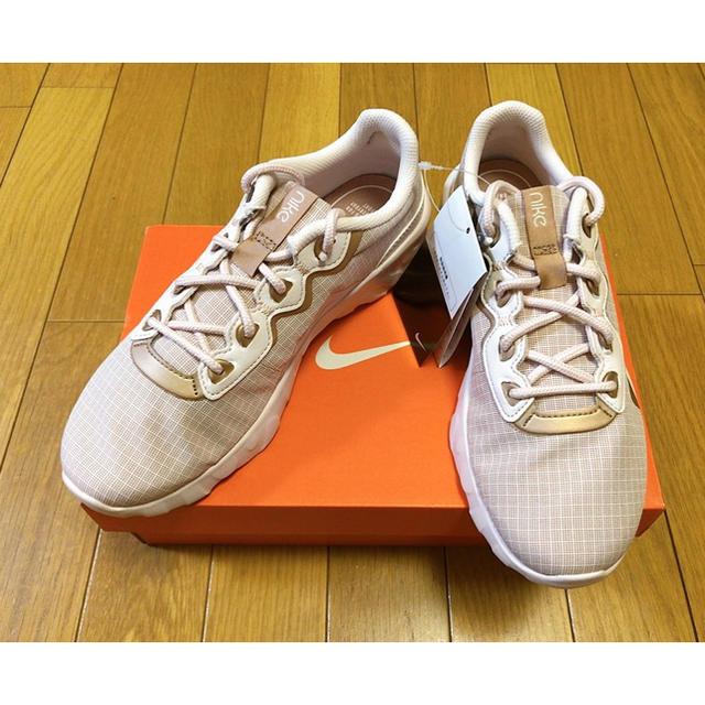 NIKE(ナイキ)の新品 未使用NIKE W エクスプロー ストラーダ 24cm【601】ナイキ桃金 レディースの靴/シューズ(スニーカー)の商品写真