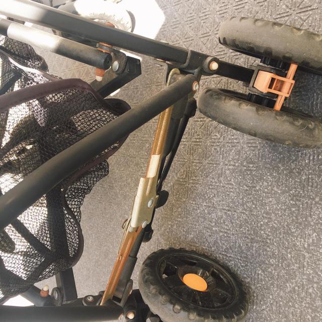 Jeep(ジープ)のトイザラス限定 jeep キッズ/ベビー/マタニティの外出/移動用品(ベビーカー/バギー)の商品写真
