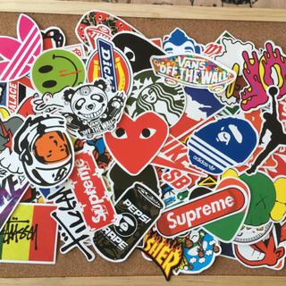 ロゴ キャラクター 防水ステッカー 100枚セット(ステッカー)