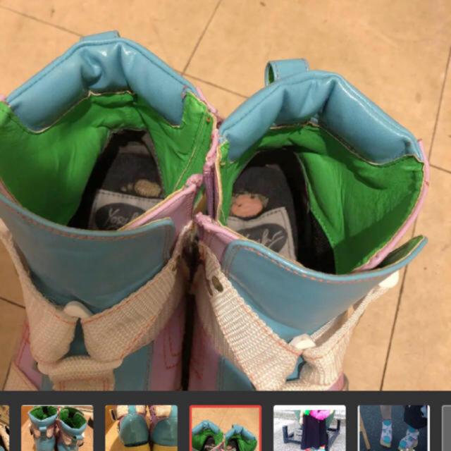 YOSUKE(ヨースケ)のヨースケ シューズ ブーツ ブルー ピンク レディースの靴/シューズ(スニーカー)の商品写真