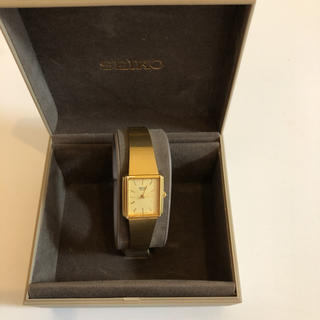 セイコー(SEIKO)の未使用品 SEIKO クオーツ ゴールド レディース(腕時計)