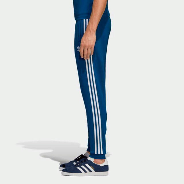 adidas(アディダス)のアディダススウェットMサイズ‼️ 定価8800円程‼️ メンズのトップス(スウェット)の商品写真