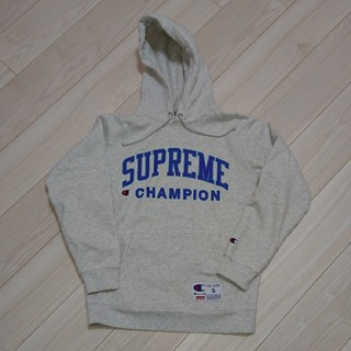 Supreme/Champion Hooded
