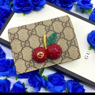 グッチ(Gucci)の✨美品✨GUCCI グッチ チェリー おり財布 正規品✨(財布)