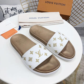 LOUIS VUITTON - LOUIS VUITTON サンダル