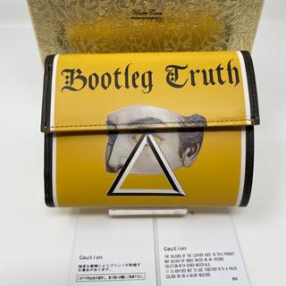 アンダーカバー(UNDERCOVER)の未使用☺︎UNDERCOVER 財布 Bootleg Truth イエロー(折り財布)