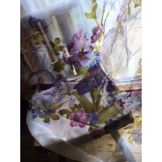 チー様  8枚+1枚★ちょこっと難有★優しい パープル花柄 チュールカーテン(レースカーテン)