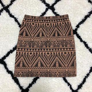 ジーユー(GU)の新品GUお洒落柄スカート(ミニスカート)