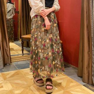 GRACE CONTINENTAL - グレースコンチネンタル フルーツ刺繍プリーツスカート