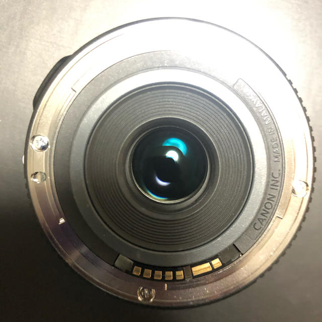 Canon(キヤノン)のEF-S 24mm F2.8 STM スマホ/家電/カメラのカメラ(レンズ(単焦点))の商品写真