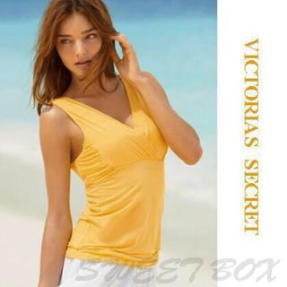 ヴィクトリアズシークレット(Victoria's Secret)のヴィクトリアシークレット ミランダカー 黄色 ビタミンカラー(Tシャツ(半袖/袖なし))