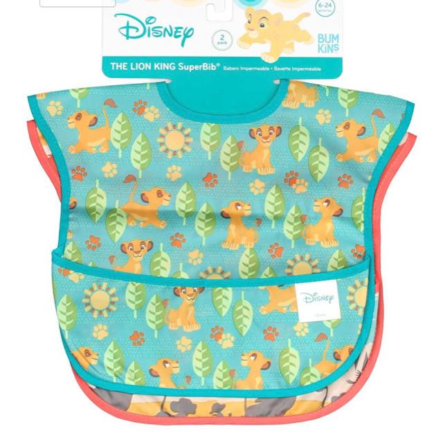 Disney(ディズニー)の◆bumkinsバンキンス 2枚セット ライオンキング ディズニー キッズ/ベビー/マタニティの授乳/お食事用品(お食事エプロン)の商品写真