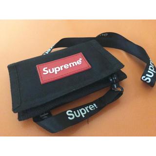 シュプリーム(Supreme)のsupreme 財布(折り財布)