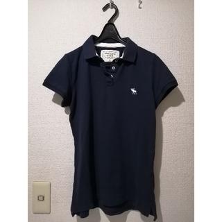 アバクロンビーアンドフィッチ(Abercrombie&Fitch)のAbercrombie・レディース トップス ポロシャツ ネイビー(ポロシャツ)