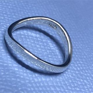 V字 シルバー925リング ユニセックス 銀 指輪マリッジ 指が長く美しく見える(リング(指輪))