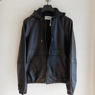 コーチ(COACH)の正規品 コーチ 本革レザー フード付きパーカージャケット 黒 新品、値札付き(レザージャケット)