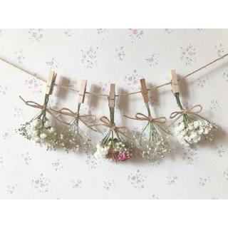 3種のバラとかすみ草のホワイトドライフラワーガーランド♡(ドライフラワー)