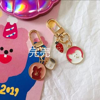 AirPodsケース キーホルダー 韓国 雑貨 海外雑貨(キーホルダー)