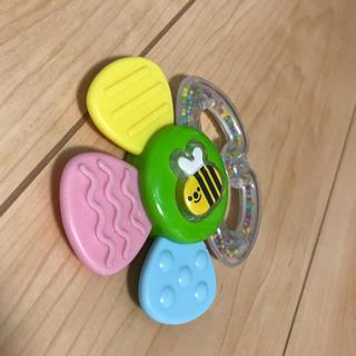 コンビ(combi)のおもちゃ(がらがら/ラトル)