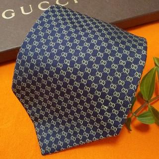 Gucci - 【期間限定】グッチ GUCCI GG柄 Gマーク  最高級シルクネクタイ