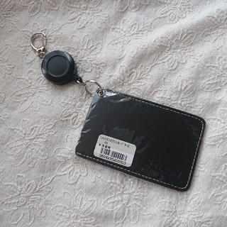 スリクソン(Srixon)のスリクソン  カードケース パスケース リール付き(名刺入れ/定期入れ)