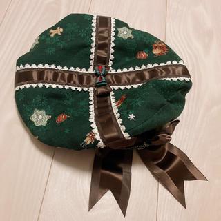 アリスアンドザパイレーツ(ALICE and the PIRATES)の雪降る聖夜の不思議な贈り物柄プレゼントリボン ベレー帽(ハンチング/ベレー帽)