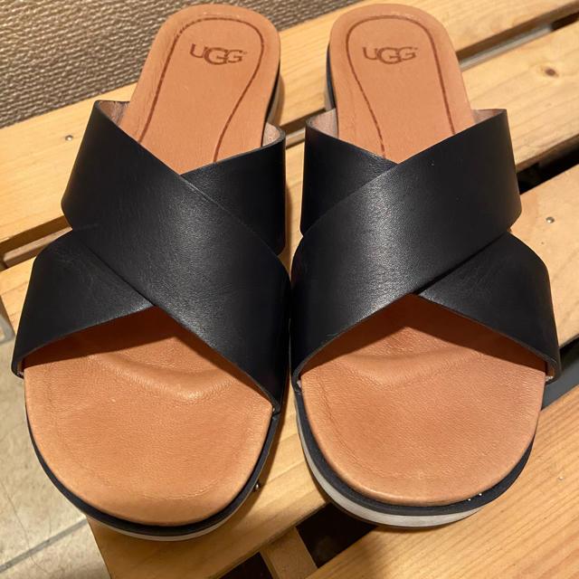 UGG(アグ)のUGG Kari サンダル サイズ23cm  期間限定値下げします❗️ レディースの靴/シューズ(サンダル)の商品写真