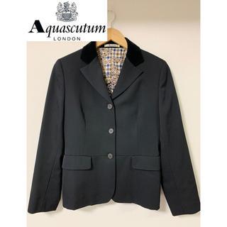 アクアスキュータム(AQUA SCUTUM)のアクアスキュータム 黒スーツ ジャケット 花柄(テーラードジャケット)