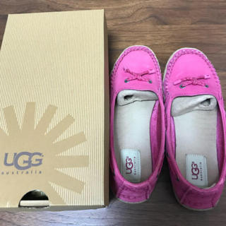 UGG - UGG 23cm モカシン シューズ ピンク 定番 アグ ムートンブーツ