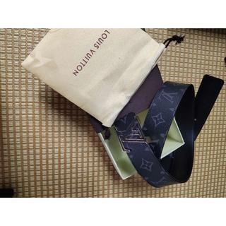 LOUIS VUITTON - Louis Vuitton サンチュール・LVイニシャル 40MM リバーシブル
