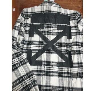 レディース、メンズ長袖 off-white シャツ 未使用 格子縞