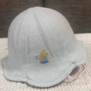 familiar - 未使用 familiar  ファミリア  ベビー帽子  41センチ 首ゴムあり