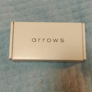 アローズ(arrows)の富士通 arrows m05 SIMフリー ホワイト(スマートフォン本体)