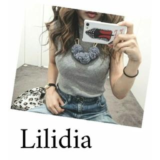 リリディア(Lilidia)のLilidiaファブリックボールネックレス rienda(ネックレス)