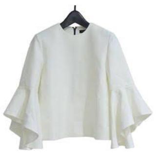 バーニーズニューヨーク(BARNEYS NEW YORK)のヨーコチャン2019 Flared-sleeve Blouse白36(シャツ/ブラウス(長袖/七分))