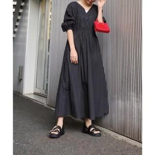 Ameri VINTAGE - Ameri【タグ付新品】シャーリング ボリュームスリーブ ドレス