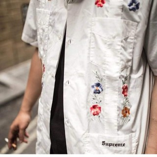 シュプリーム(Supreme)のsupreme flowers guayabera shirt(シャツ)
