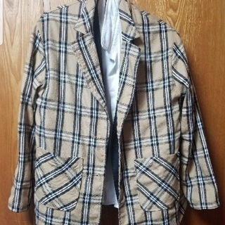 本日限定価格 バーバリー柄のタータンチェックのジャケット